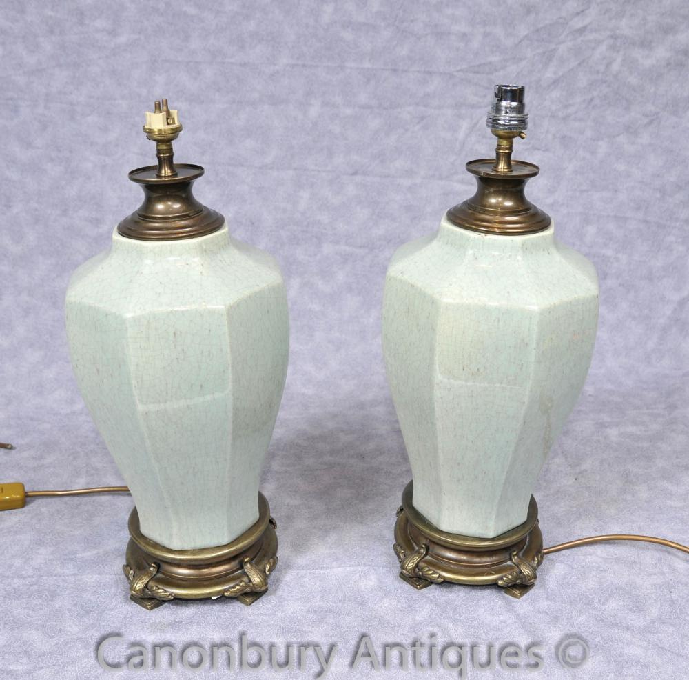 Paire française Porcelaine Urne Lampes Lampes de table octogonale en céramique