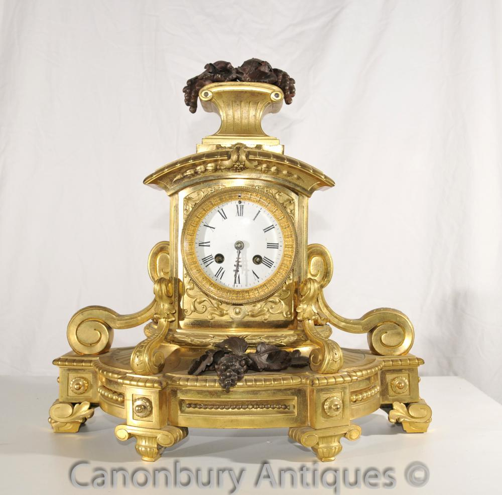 Antique Empire français Mantel Clock Ormolu et Bronze