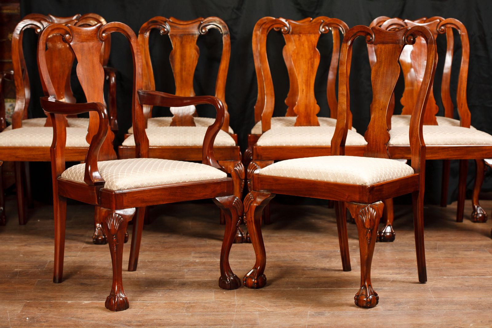 Set Queen Anne Dining Chairs www_canonburyantiques_com