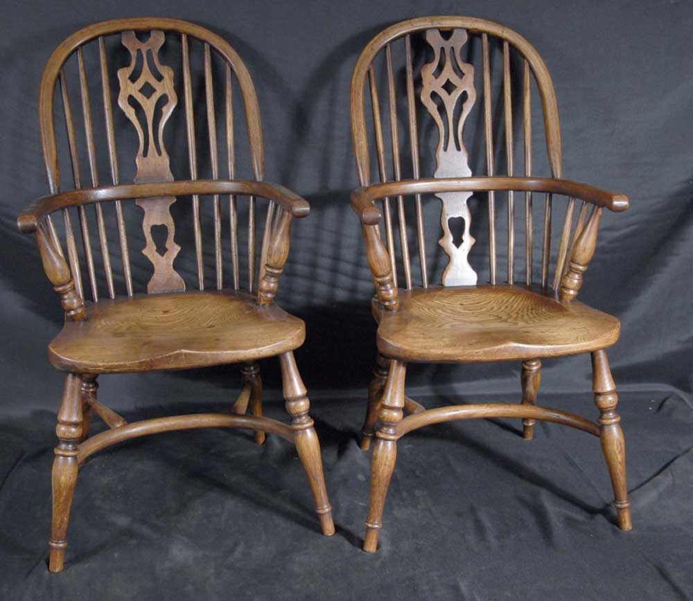 pair Windsor chairs for kids