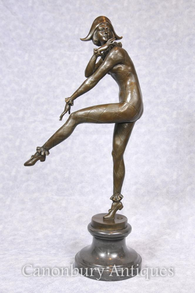 Art Deco Bronze Harlequin Danseuse Statue Signé Gilbert Foundry Mark