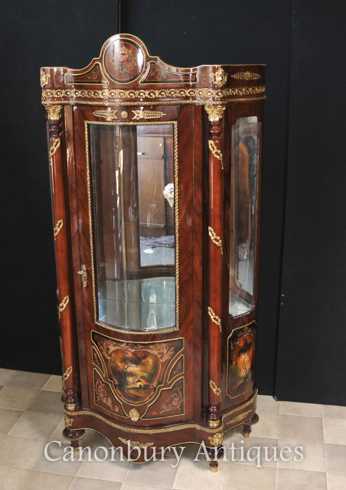 Cabinets français Louis XVI Vitrine Bijouterie peints