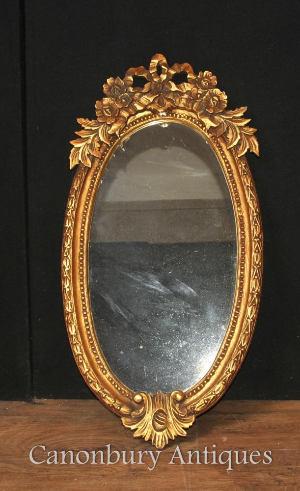Français Louis XVI Gilt Miroir ovale en verre