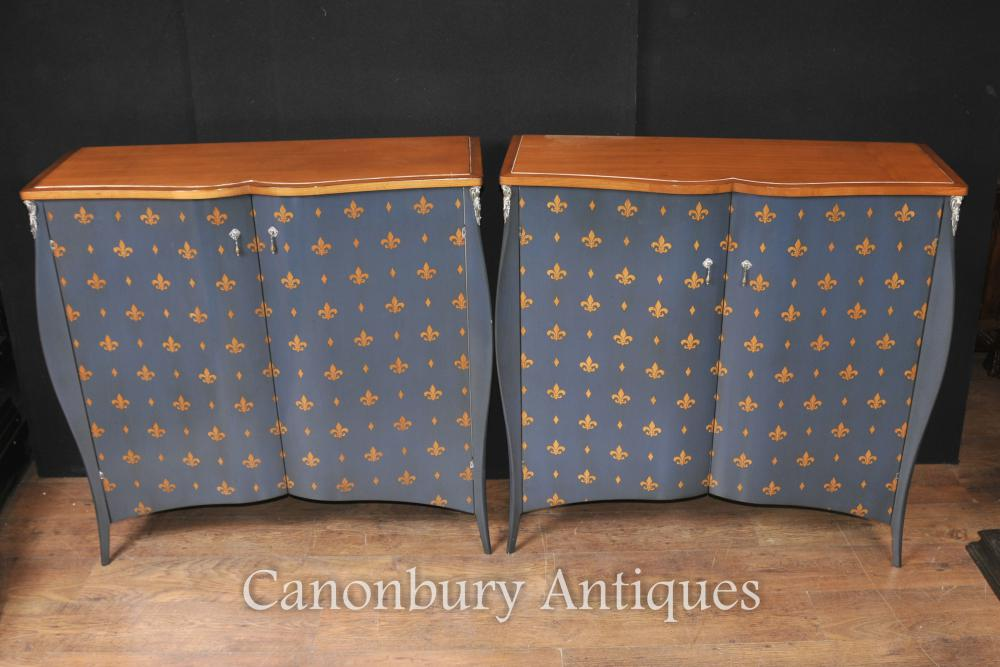 Paire Art Nouveau français Painted Cabinets Fleur De Lys
