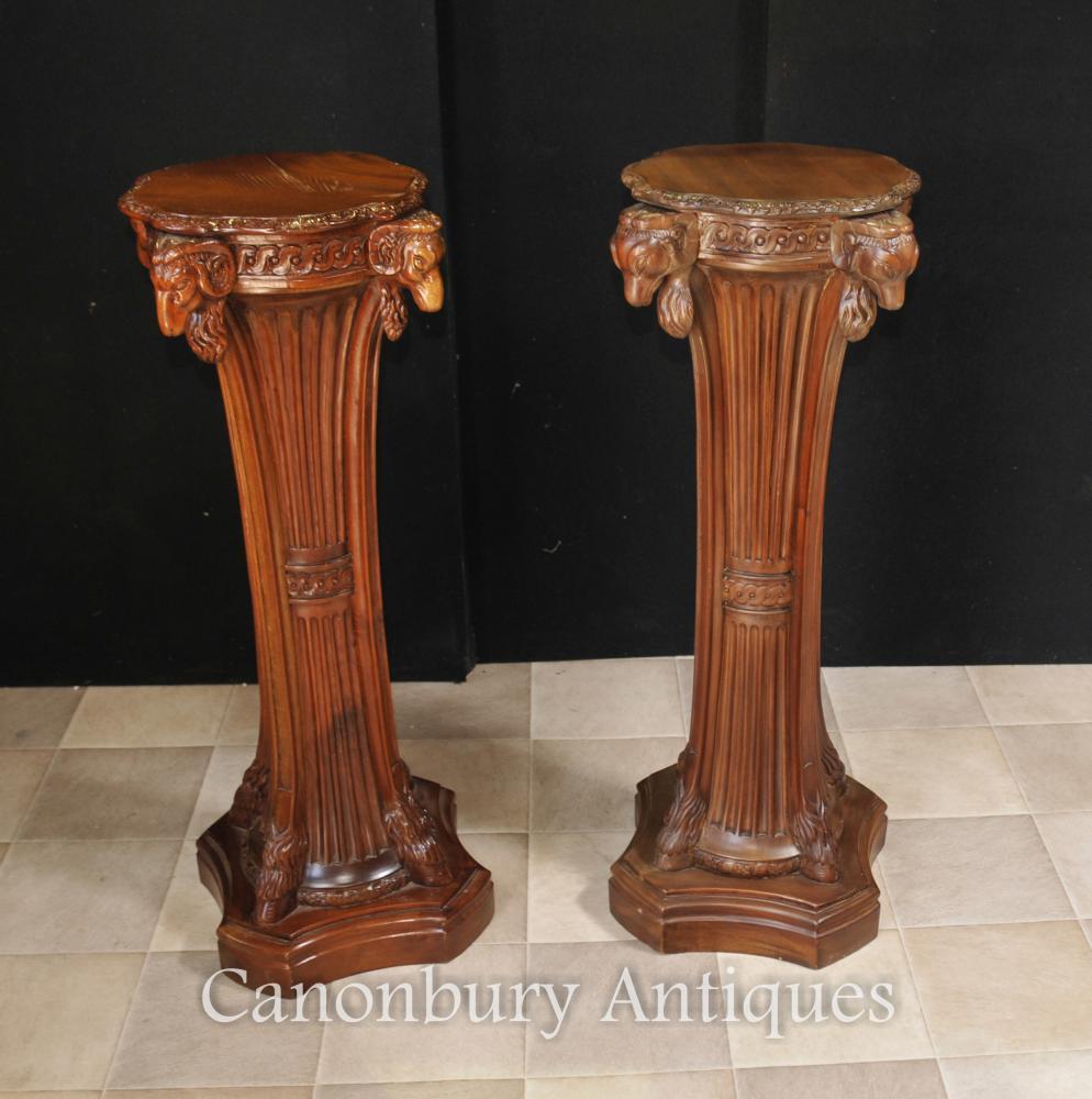 Paire française Regency Table Guéridon Stands Rams de colonne Heads