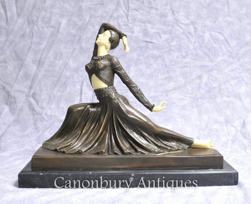 Art Deco Bronze Figurine Clara par Chiparus Statue