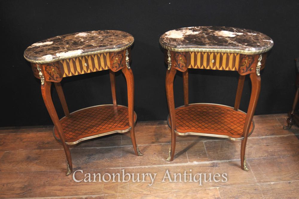 Paire Empire français Haricot Side Tables Cocktail Table