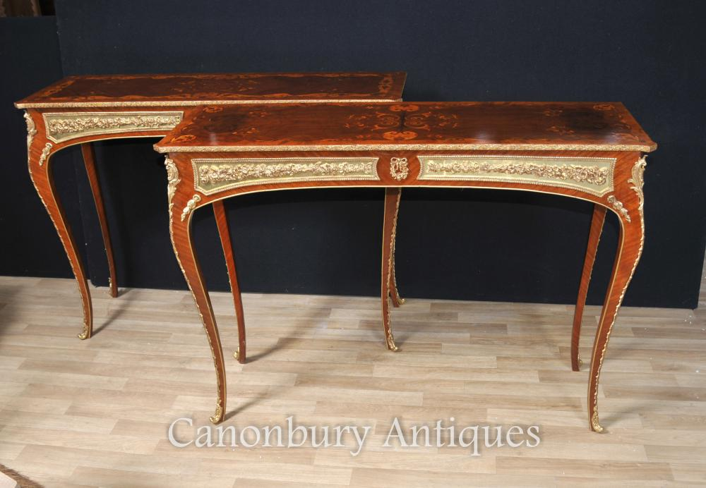 Tableaux français Louis XVI Console Inlay et Gilt Mounts Meubles