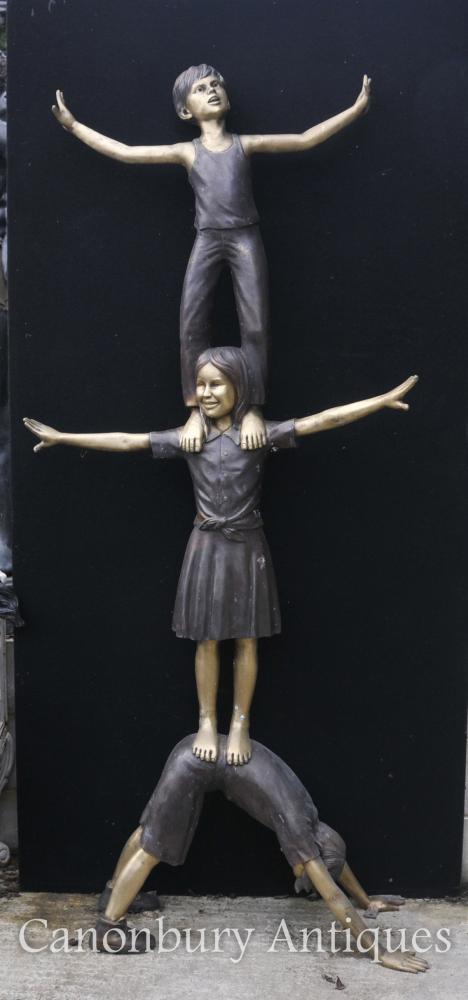 XL Lifesize Bronze Statue Trois enfants Acrobatie Garden Sculpture