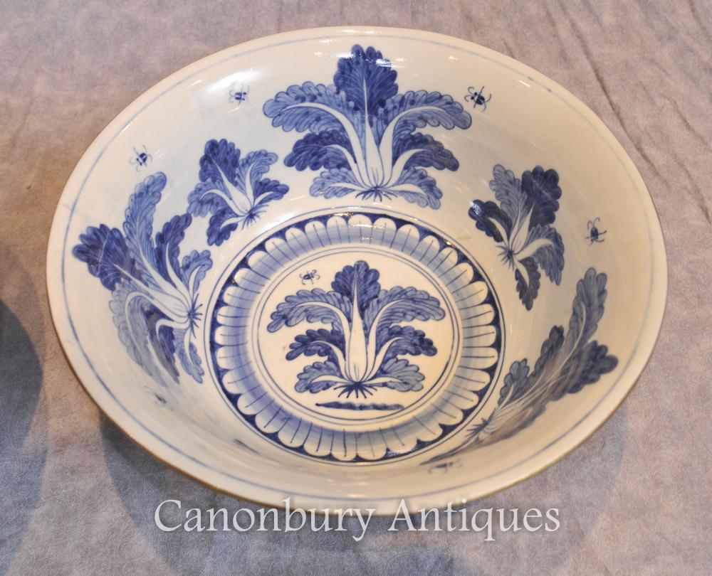 Paire de porcelaine chinoise Kangxi Bols Plats Floral Planter