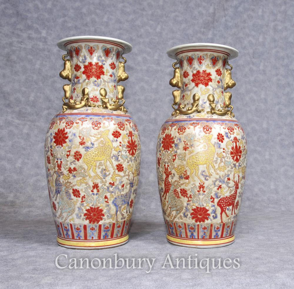 Paire de porcelaines en porcelaine chinoise Urnes porcelaine peintes à la main