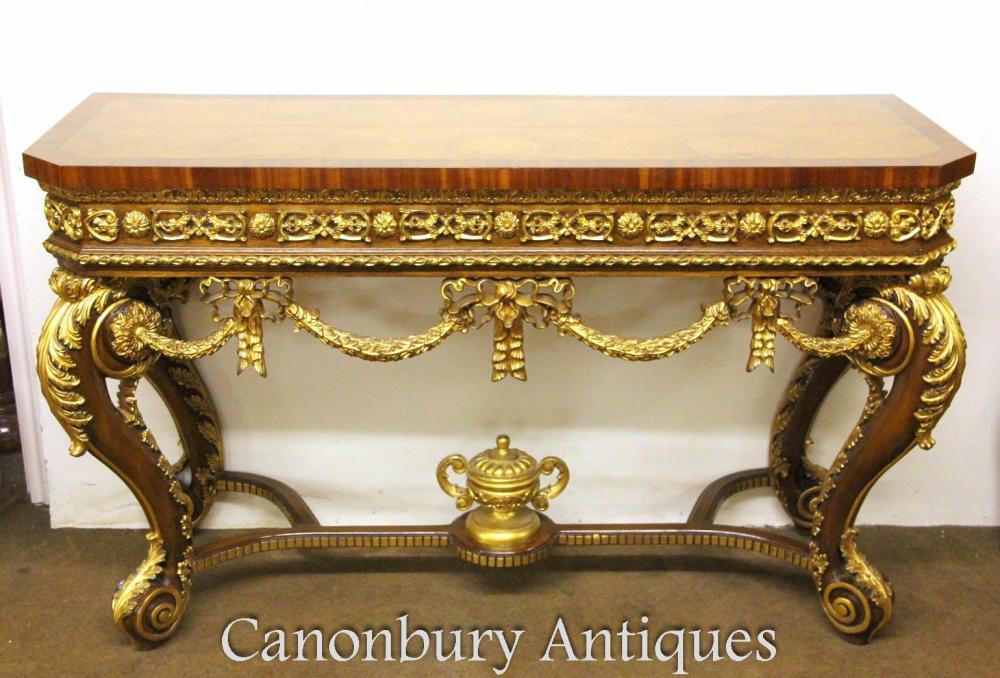 Console Louis XVI en noyer doré à la main