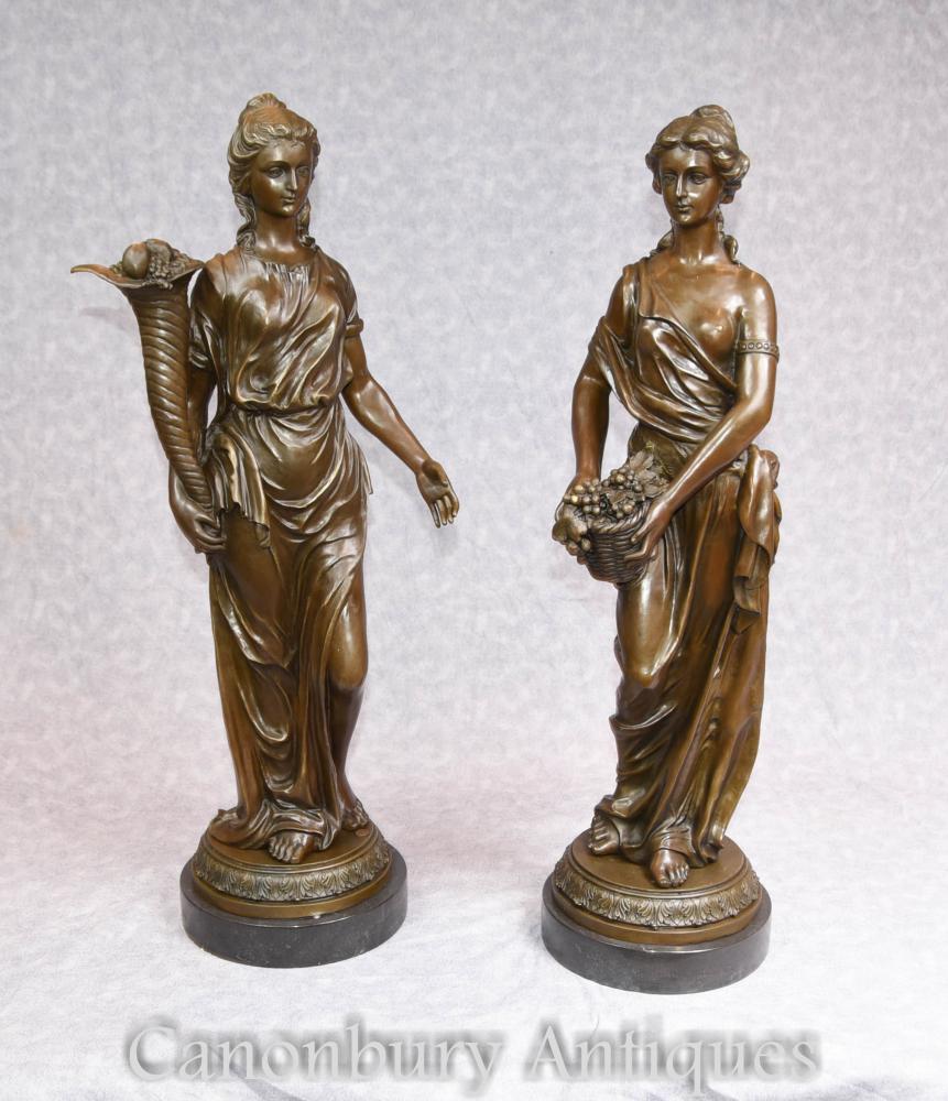 Paire Française Bronze Statue Maiden Statue Signée Milo Classique Roman Toga