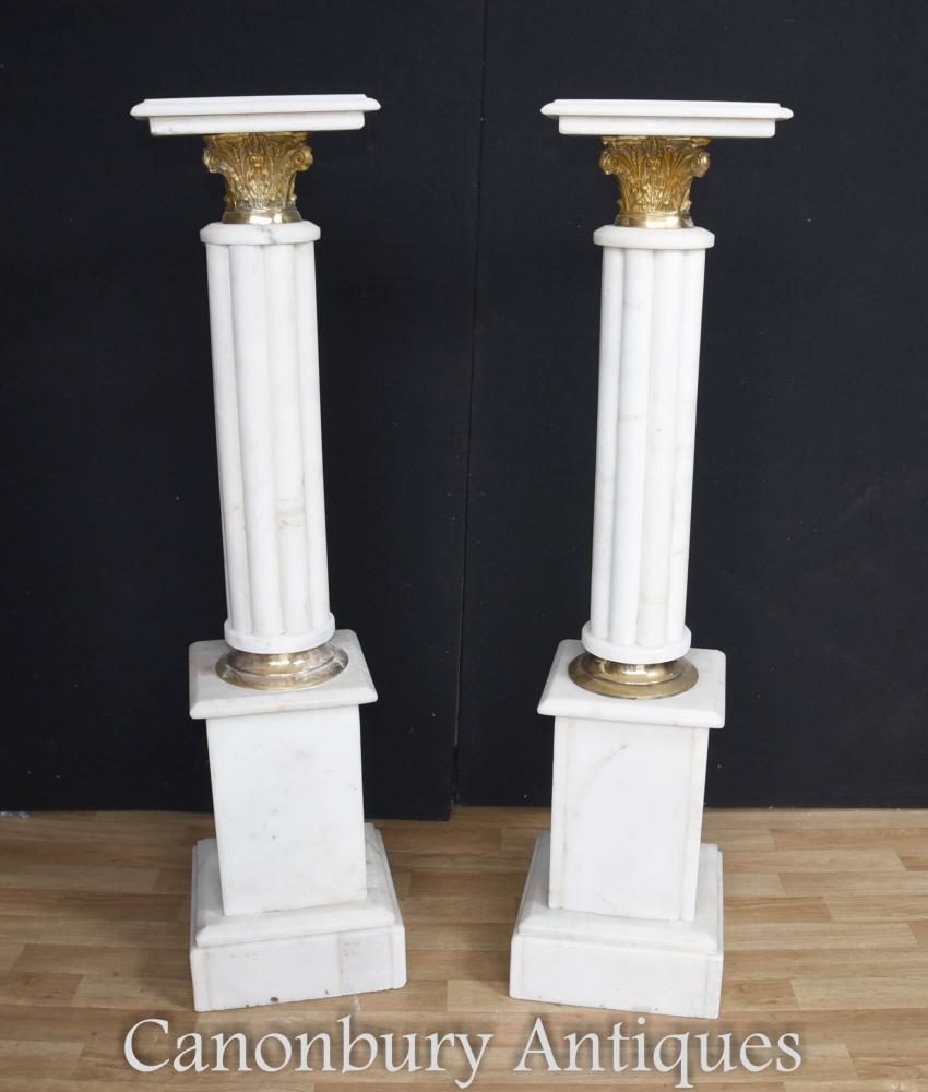 Socle de marbre Empire Français paire dresse la colonne Tables