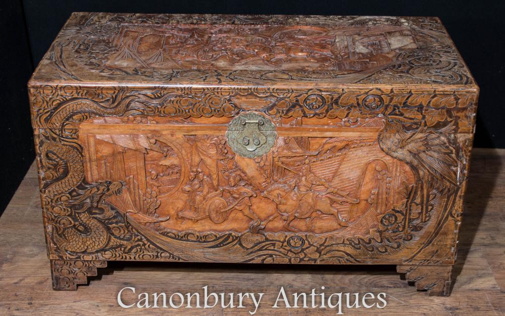 Tronc de coffre de camphre sculpté à la main chinois antique