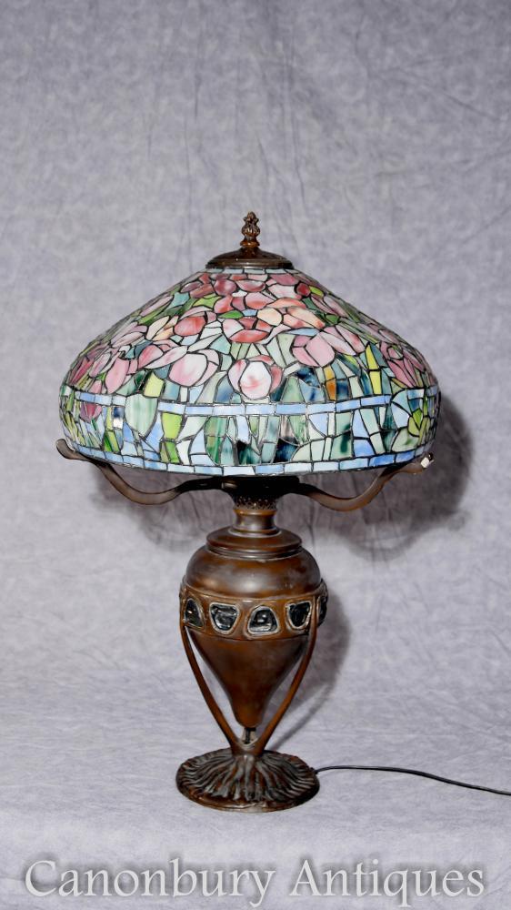 Llum de taula de vidre Tiffany de bronze francès