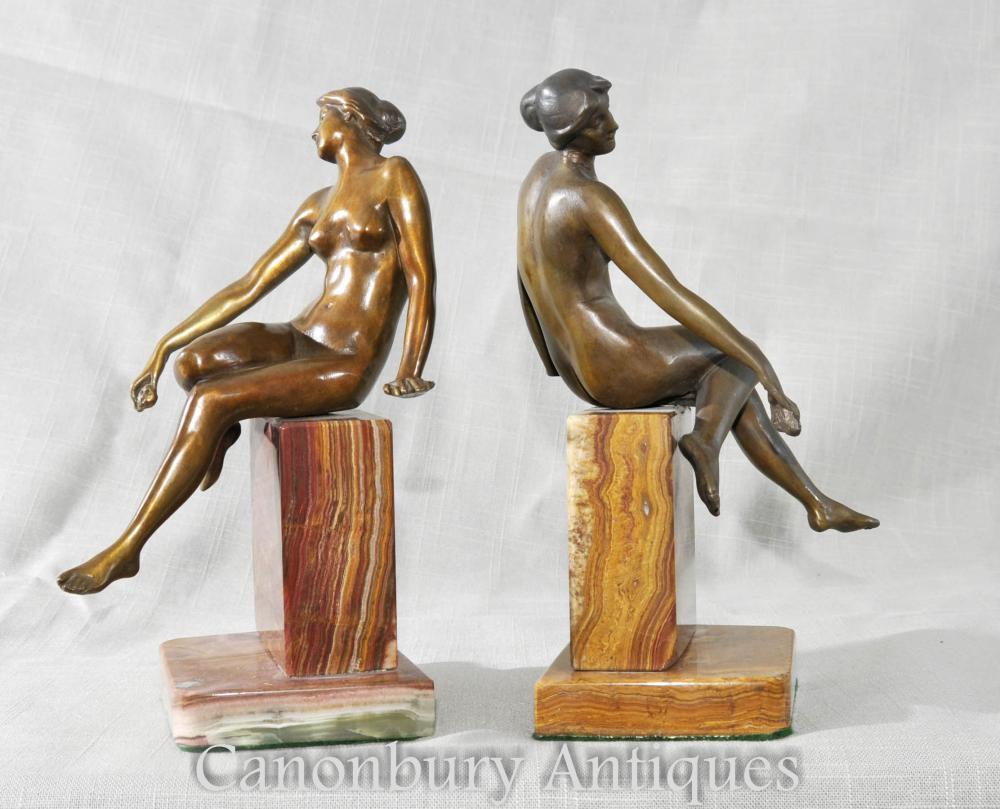 Paire Art Déco Figurine féminine Bookends Sculptures Statues Marbre