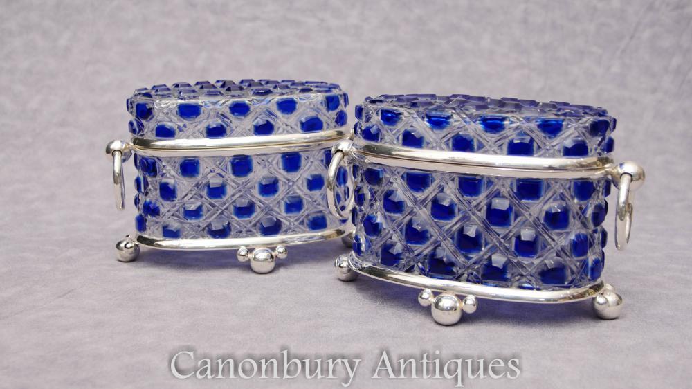 Paire de caisses en cristal à la coupe victorienne en argent Boîtes à bijoux Boîte à bijoux