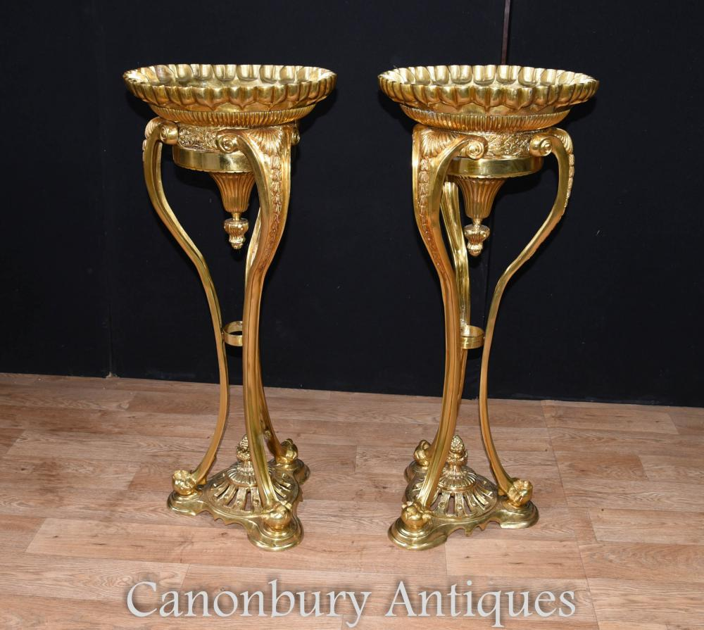 Pair French Empire Ormolu Planters Torcheres Stands de piédestal
