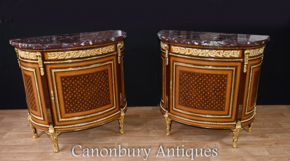Paire French Empire Demi Lune Commodes Marqueterie Armoires Gilt