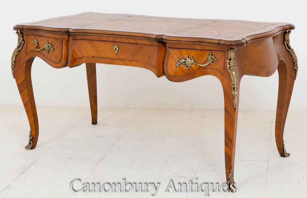 French Empire Walnut Bureau Plat Table d'écriture de bureau 1860