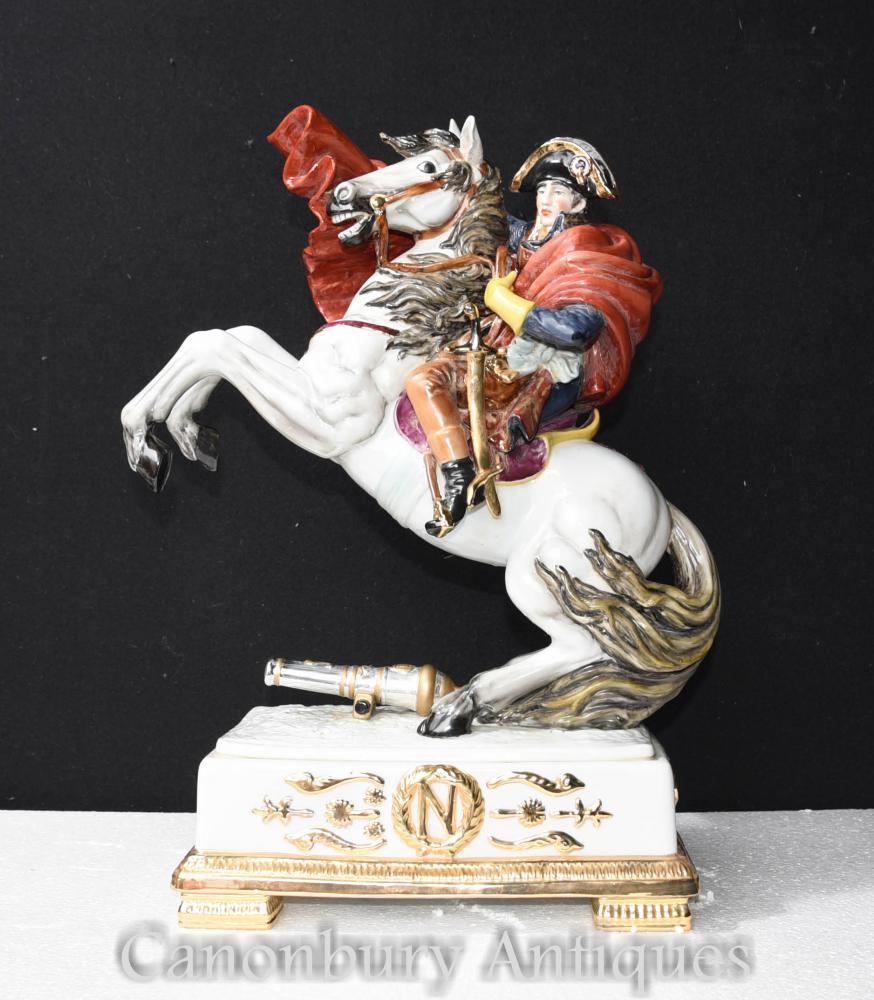 Figurine Statue allemande à la statue de Napoléon à cheval
