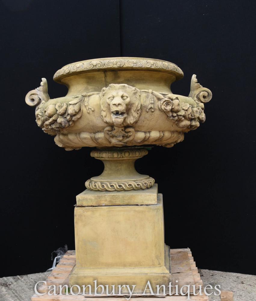 Grande urne de jardin en pierre anglaise sur piédestal Plinthe Classique Architectural