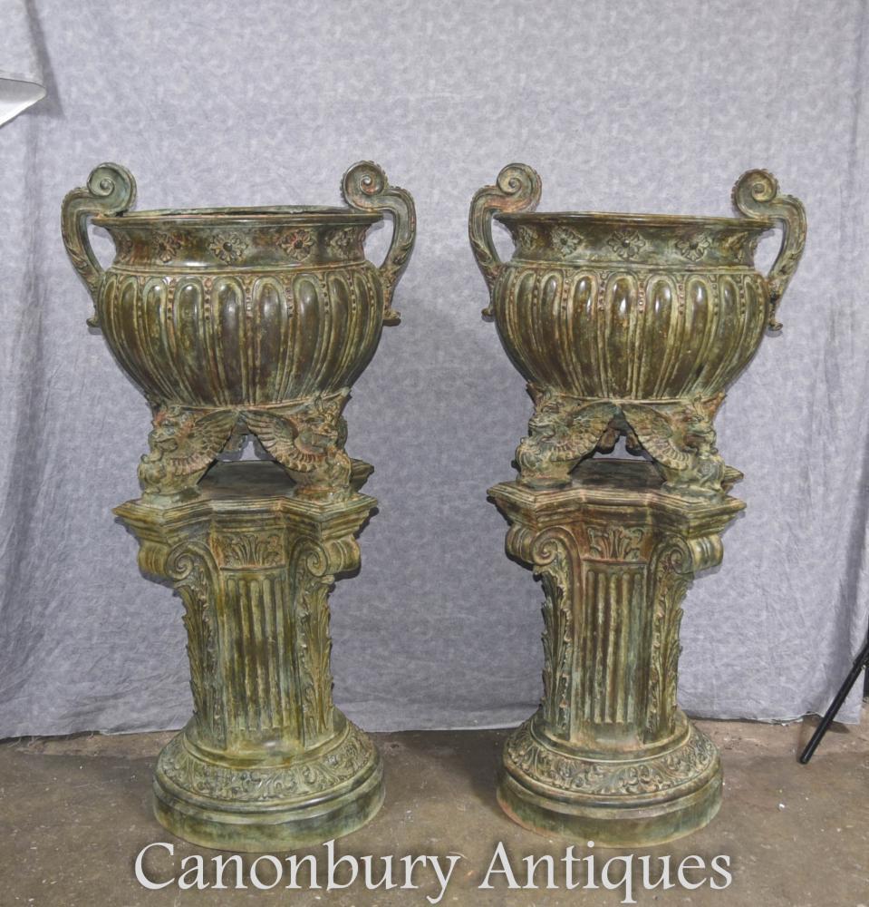 Paire Empire Français Bronze Architectural Jardin Urnes Vases Socle