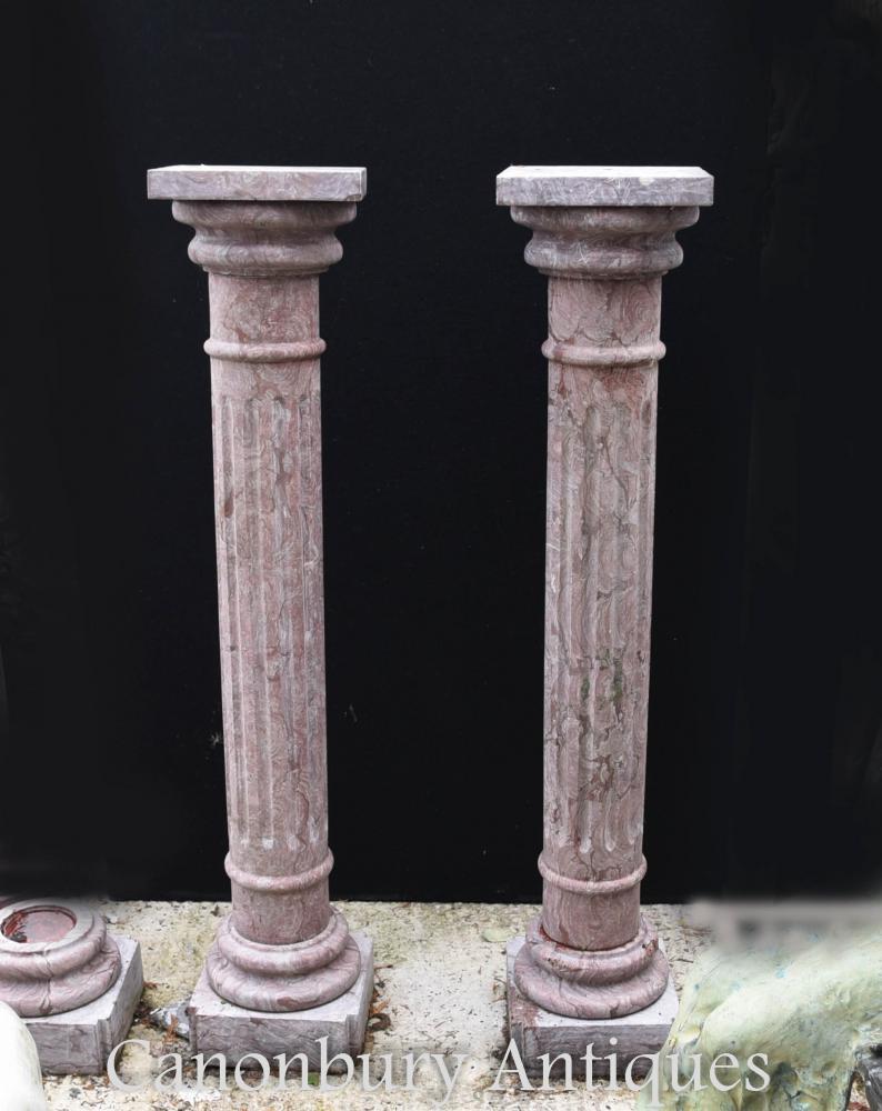 Paire de hauts montants en marbre de l'Empire français Pieds Colonnes