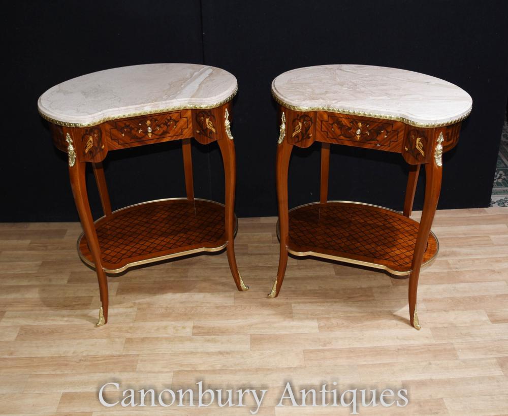 Paire de tables d'appoint Louis XVI Kidney en marbre
