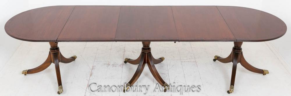 Régénération de la table de salle à manger au piédestal en acajou