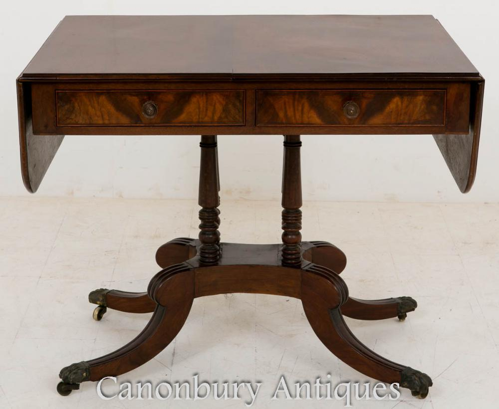 Regency Mahogany Canapé Table d'Appoint Circa 1800