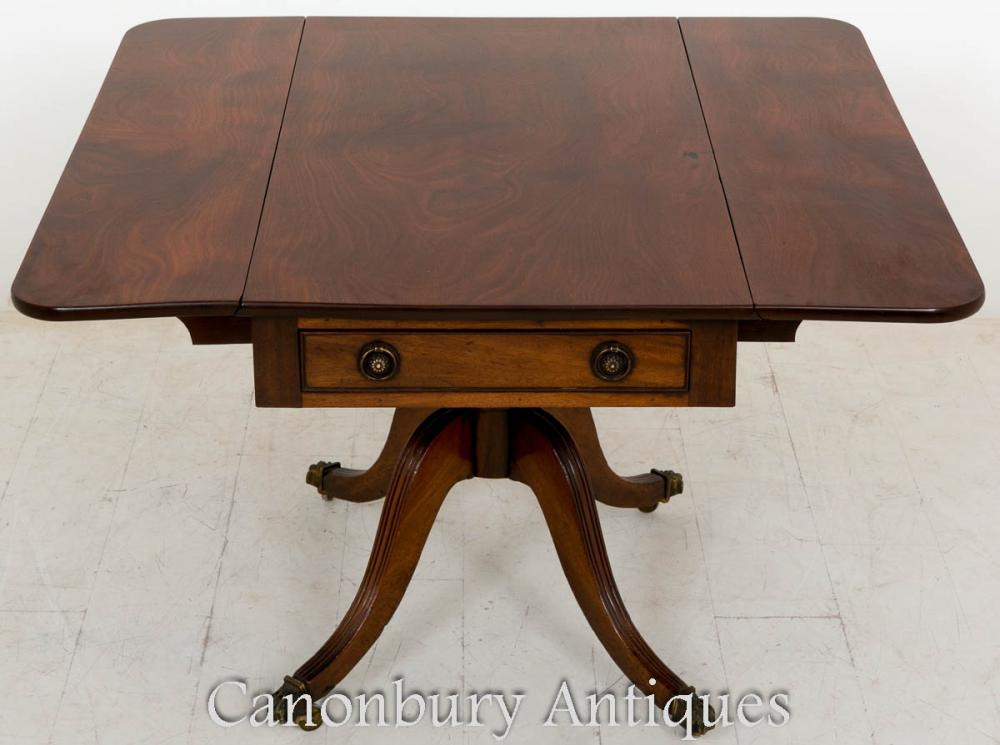 Table d'appoint Pembroke Regency en acajou 1800