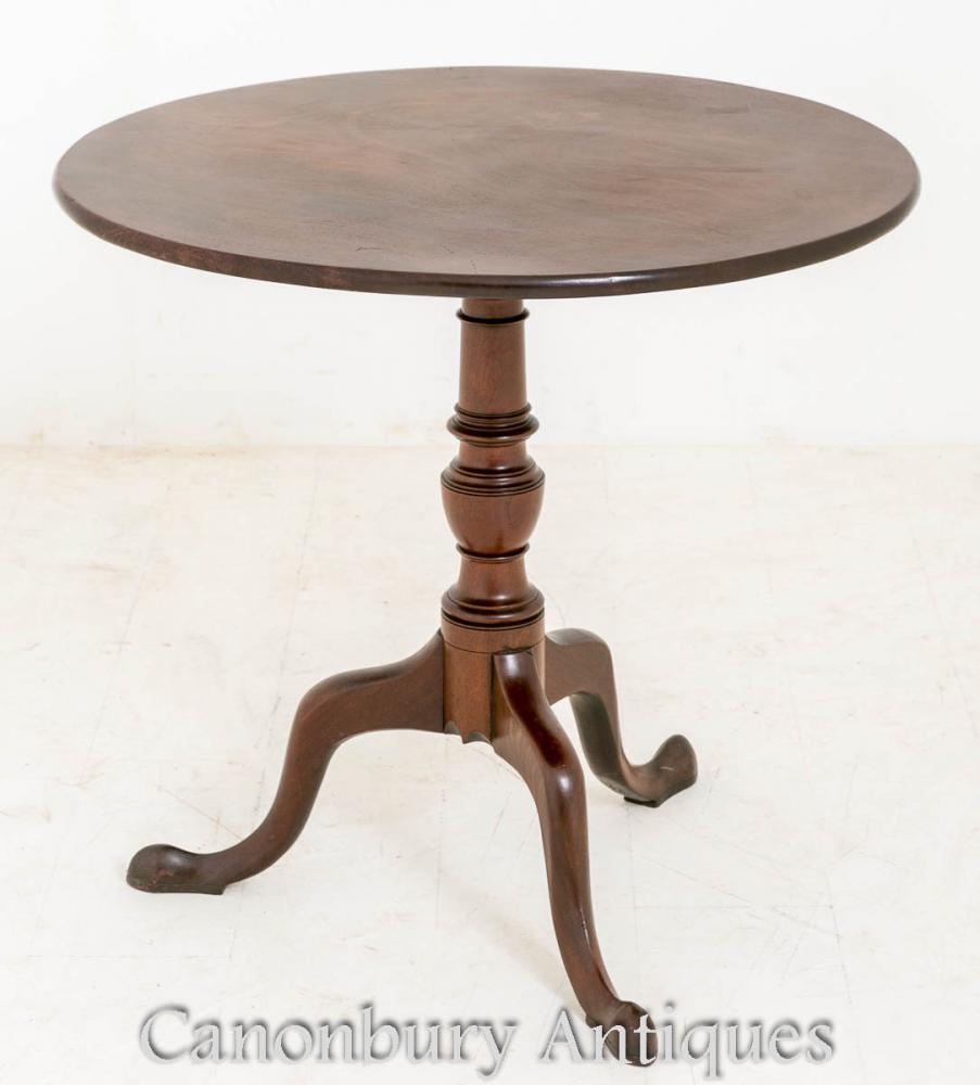 Table d'appoint Mahogany George II en Acajou avec Table d'Appoint 1750