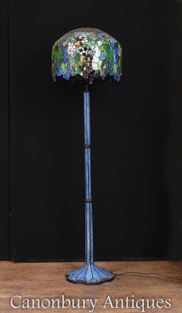 Lampadaire Tiffany Art Nouveau, abat-jour en verre clair