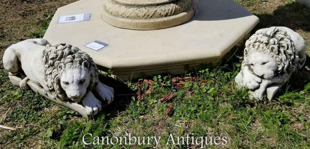 Paire de lions recouverts de pierre après la statue de jardin de Canova