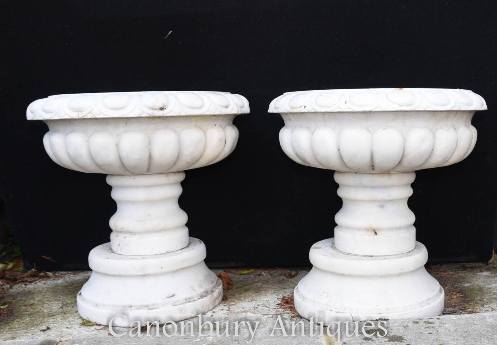 Paire de socles en pierre anglaise Urnes de jardinières