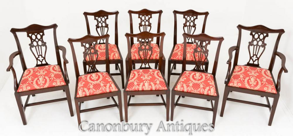 Set de 8 chaises de salle à manger en acajou Chippendale