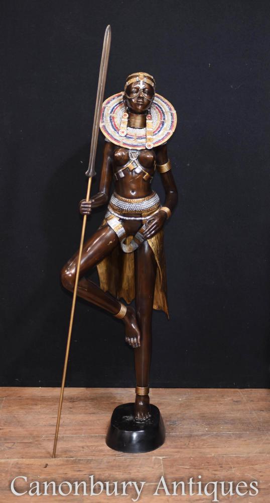 Grande Bronze Statue de Femme Tribu Africaine Massai