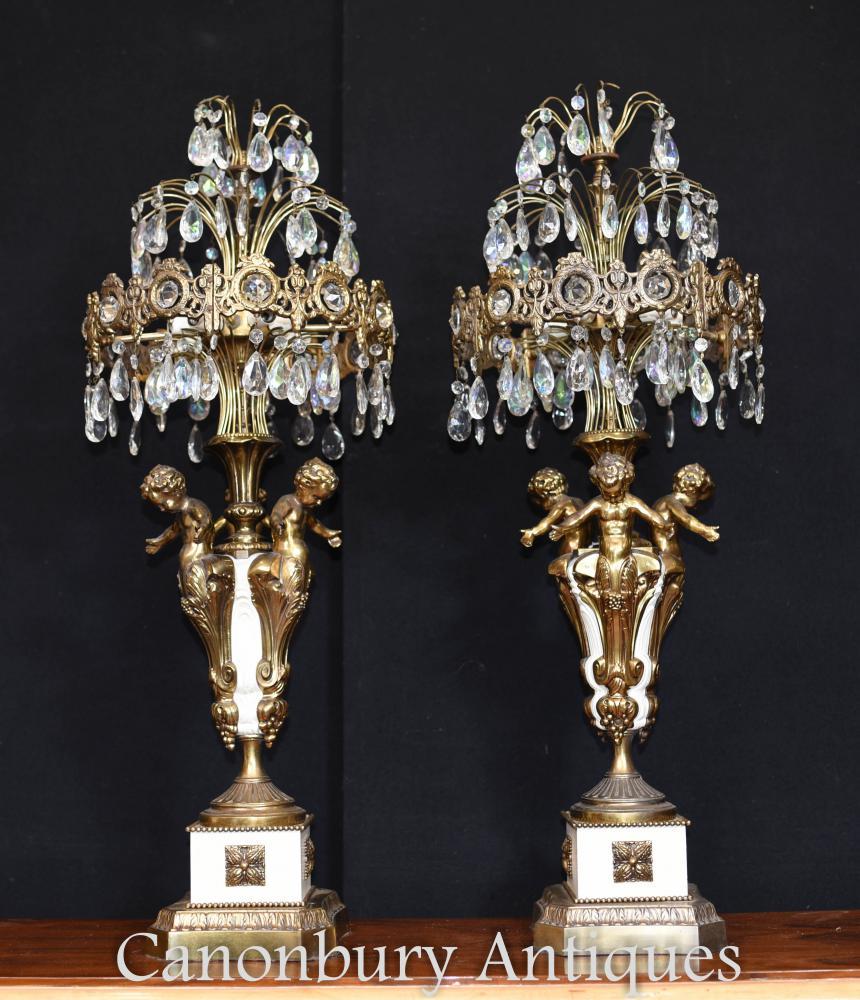 Paire de candélabres dorés à l'ancienne en bronze doré