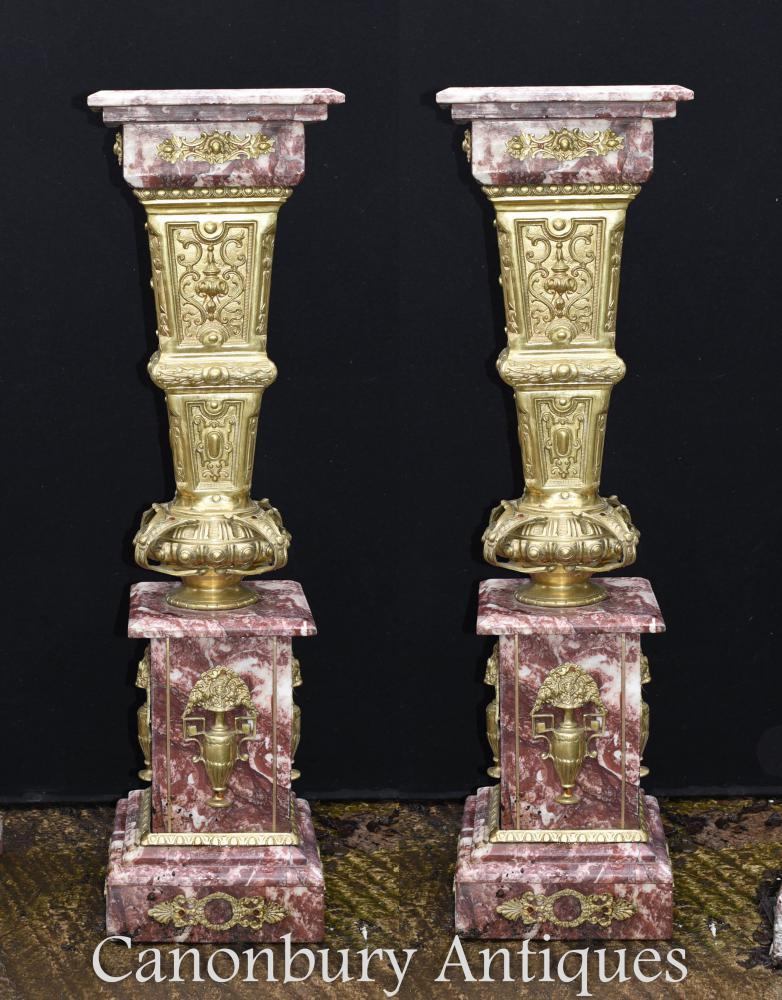 Paire de colonnes de socle en marbre doré Empire Empire