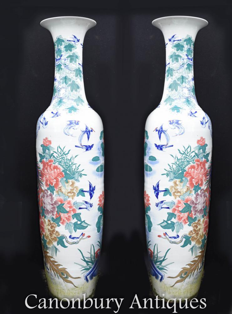 Paire de porcelaines chinoises en porcelaine de Chine