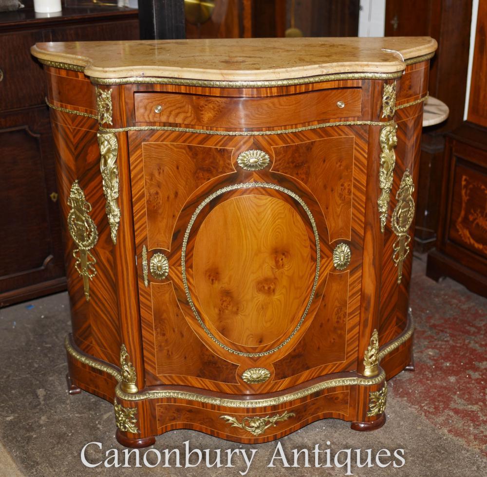 Cabinet français Empire Kingwood Credenza Ormolu luminaires
