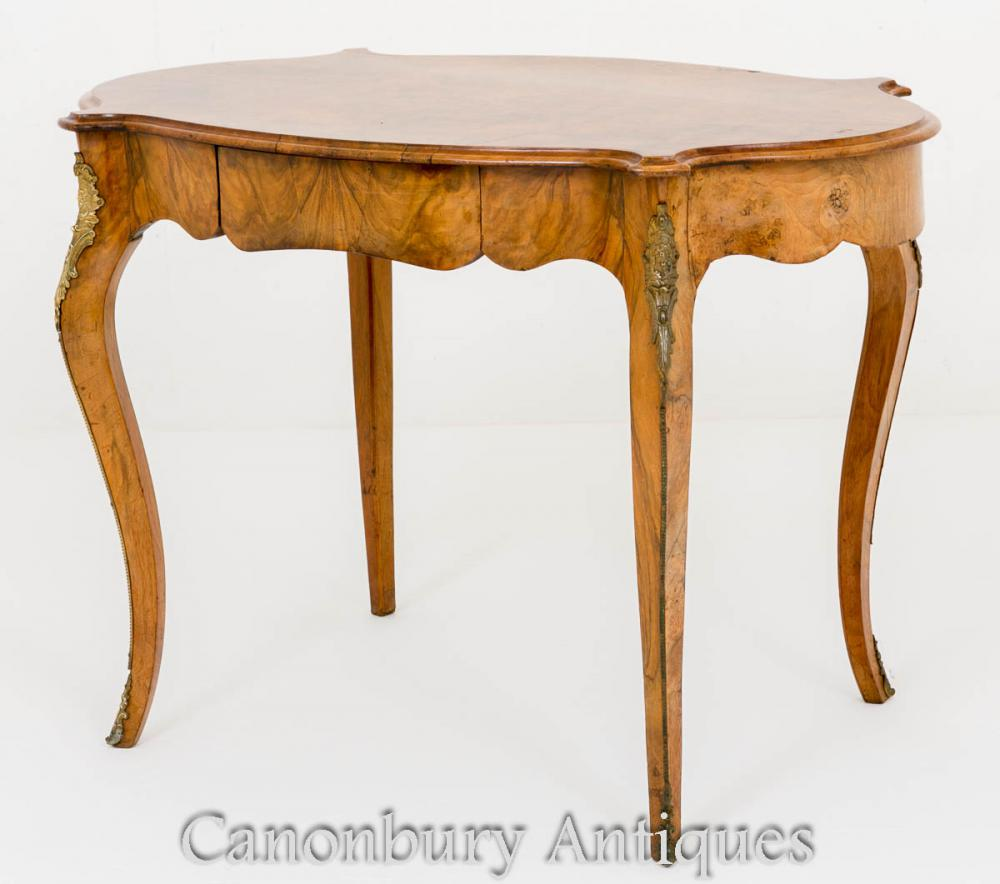 Table de Centre Empire Française en Noyer Circa 1860