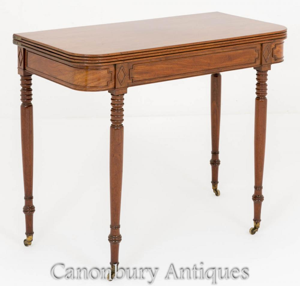 Tables d'appoint Regency Mahogany Tea Table