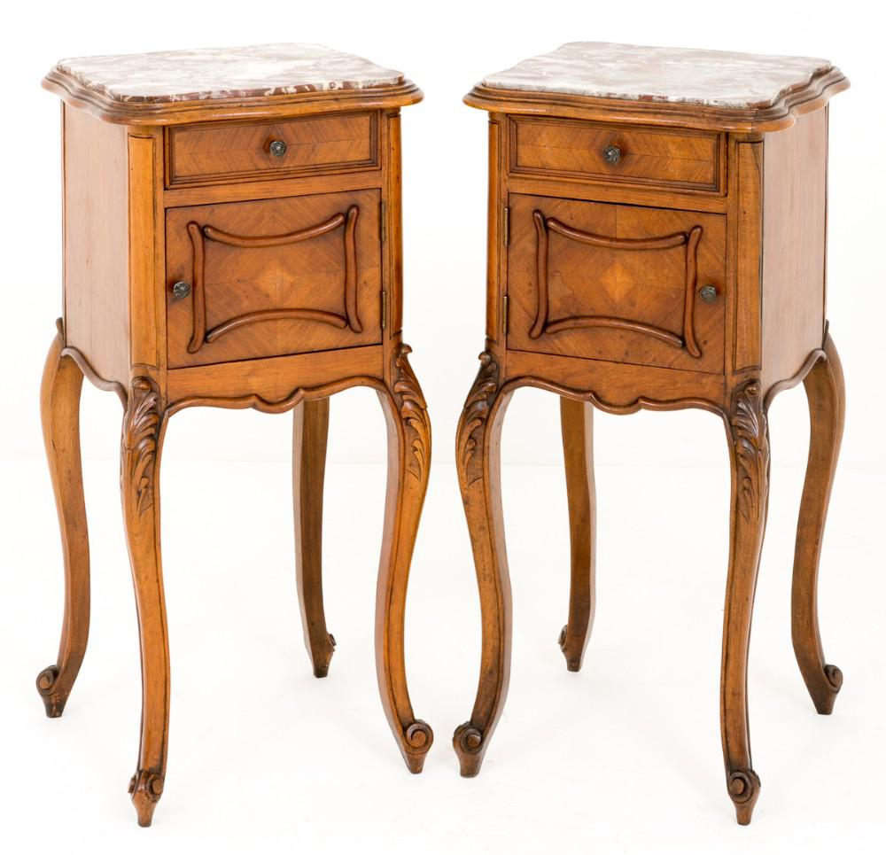 Paire Tables de chevet tables de chevet en noyer