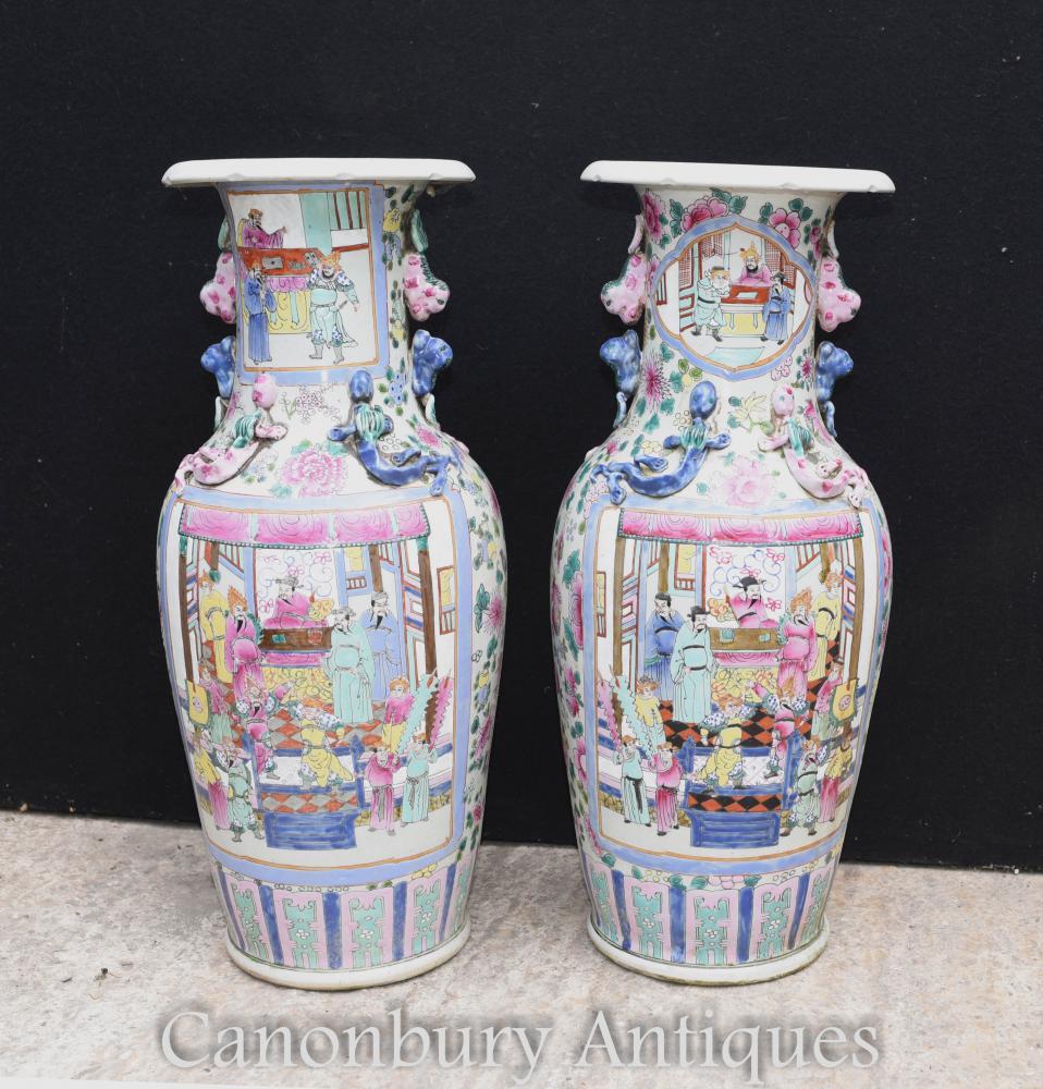 Paire De Vases En Porcelaine De Canton Chinois Urnes Cantonais