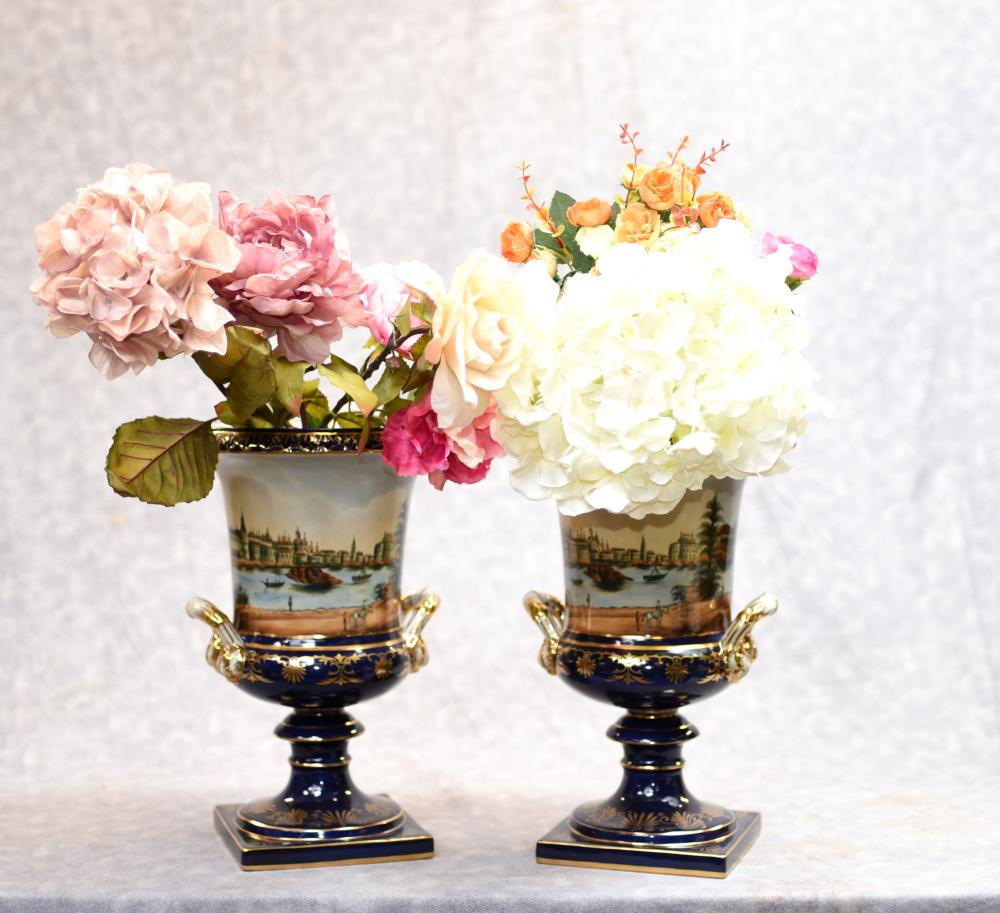 Vases en porcelaine de Campana en porcelaine allemande de Meissen