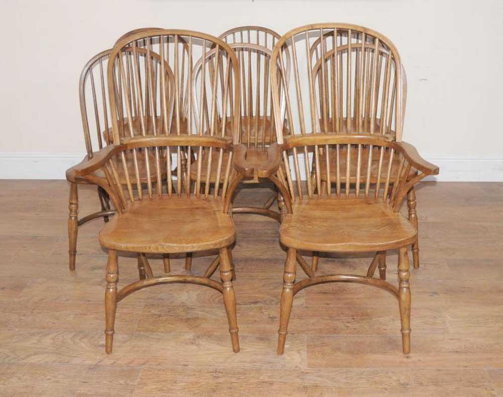 8 chaises de salle à manger de cuisine en chêne Windsor