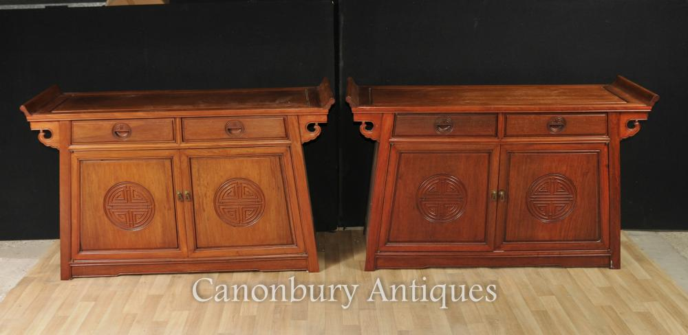 Paire De Tables Chinoises Anciennes - Buffets En Acajou Et Tables De Console